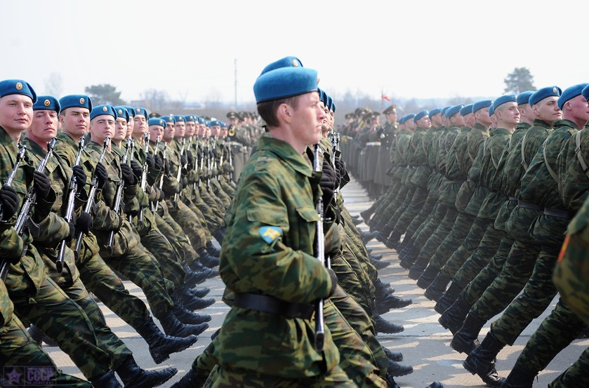 Russian airborne infantrymen on Parade