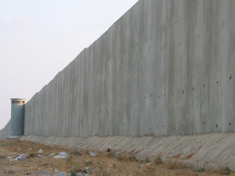 West_Bank_barrier_Israel_Gaza_Jonas Moffat