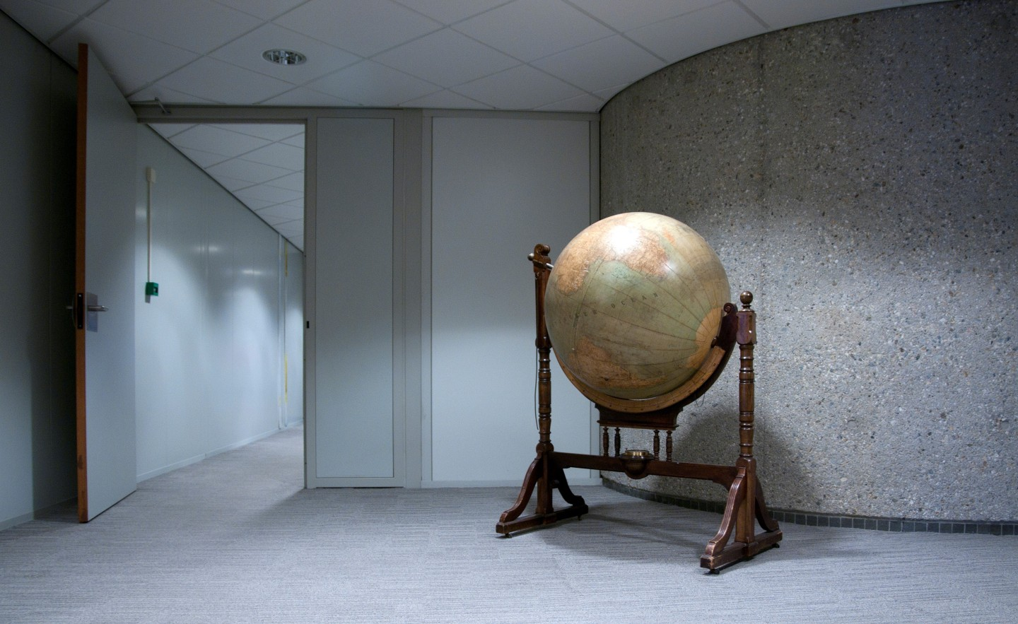 Dutch Ministry of Foreign Affairs Globe