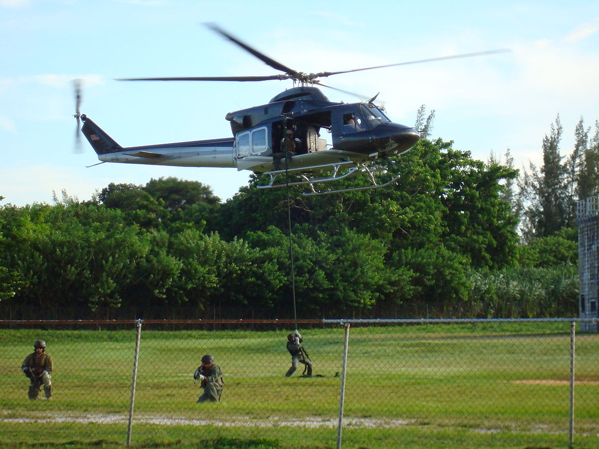 DEA FAST practice insertion via rope.