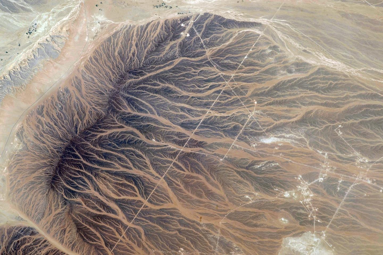 Tan'am, Oman NASA image